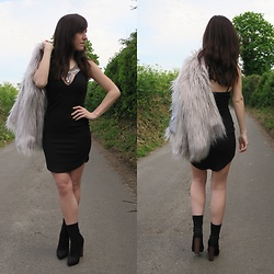Elle Petite - Depop Faux Fur Coat, Mirina Collections Andy Famous, Missguided Lbd, Quiz Stretch Boots - LBD and sparkles