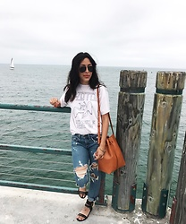 Tiffany - Brandy Melville Usa T Shirt, Rag & Bone Jeans, Mansur Gavriel Handbag, Steve Madden Sandals - Redondo Beach | June 2017