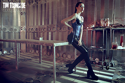 Sharon Boucquez - Westward Bound Latex Corset, Calzedonia Legging, Sacha Overknee Boots - Electric Blue