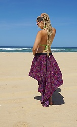 Chia Charms - Ain't No Snail Dip Hem Skirt - Beach Look