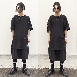 @KiD - Cheap Monday Big Tee, Ch. Skirt Pants, Dr. Martens 3 Hole Shoes, Toga Magical Triangle, 3 Coins Fool Sunglass, Muji Line Socks - Japanese Trash146