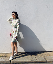 Tingette - Asos Embroidered Fluted Sleeve Skater Mini Dress, Matthew Williamson Sunglasses, Valentino Rockstud Bag, Superga 2750 Classic Canvas Trainers - ASOS dress