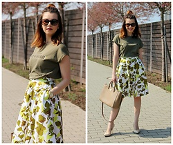 Jana Dishani - Mango T Shirt, Margifashion Skirt, Michael Kors Bag, Guess Shoes, Ralph Lauren Sunglasses - Greenery