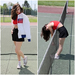 Elo' Cupcake - Thrift Shop Jacket, Zara Lace Up Shorts, Bershka Crop Top, Converse Sneakers - Tennis court