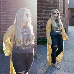 Britnie Harlow - Vici Collection Kimono, Lucky Brand Band Tee, Zara Ripped Denim, Zara Aviators, Forever 21 Cut Out Ankle Boots - Ray of sunshine.