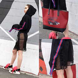 Nomadic Heels - Prettylittlething Hoodie, Coach Tote, Fendi Sneakers - Striped