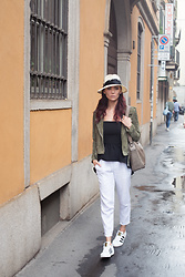 Tienlyn . - Olive Suede Jacket, Peplum Top, Linen Pants - THE RAIN IN MILAN