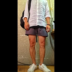 Keysyu Takagi - Uniqlo Shirt, Globalwork Tank Top, Saturdaysnyc Shorts, Converse Shoes, Globalwork Backpack - Outfit