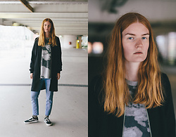 Frida Sjöberg - Cheap Monday Sweater, Monki Jacket, Cheap Monday Jeans, Vans Sneakers - Rainy Day