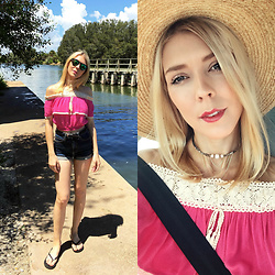 Zuzana - Flying Tomato Pink Off Shoulder Crop Top, Cello Jeans High Waisted Denim Shorts, Hat Attack Straw - Exploring The Wild Florida