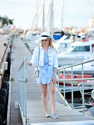Natalia Piatczyc - Dresslily White Hat, Zaful White Blue Striped Dress Ruffle, New Look White Jeans Jacket, Zaful Bag With Palms, Primark Striped Espadrilles - Jacht