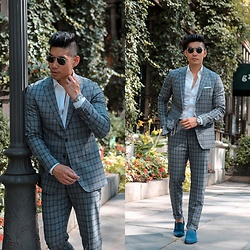 Leo Chan - To Boot New York Suede Loafers, Tommy Hilfiger Suit, Tissot Chronograph Watch, Prada Teddy Sunglasses - Tommy Hilfiger Patterned Suit