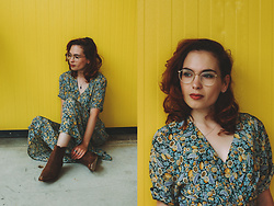 Silvy De Jong - Secondhand Dress, Loblan Boots, Ace & Tate Glasses - When life gives you lemons
