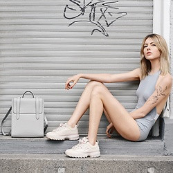 Ebba Zingmark - Nün Bangkok Swimsuit, Strathberry Backpack, Fila Sneakers, Ebba Zingmark Blog - GREY