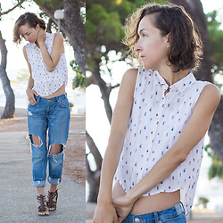 Iva K - Pull & Bear Top - Pink crop top