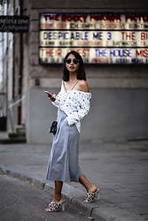 Diana B. - Forever 21 Blouson, Uniqlo Culotte, Jeffrey Campbell Shoes Mules, Furla Clutch - Culottes, Mules & Off Shoulder Styles