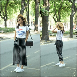 Marijana M - H&M Pepsi T Shirt, H&M Striped Pants, H&M Straw Hat, Sammydress Bag, H&M White Sneakers - Pepsi
