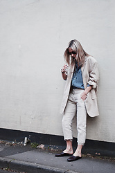 Daniella Robins - Vintage Blazer - Today's Look: The Linen Suit
