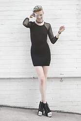 Elliott Alexzander -  - Little Black Dress: Spike Choker