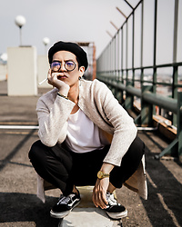 Aquinaldo Adrian - Bershka Cream Color Coat, Stradivarius Black Beret, Seiko Gold Classic Watch, Vans Black Old Skool, Uniqlo Black Relaxed Pants - Nude color coat