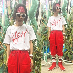 @KiD - Lee Bandanna, Slash Records, Code Red Wide Pants, Nike Red Sneaker, Funk Plus White Bracelet - Japanese Trash176