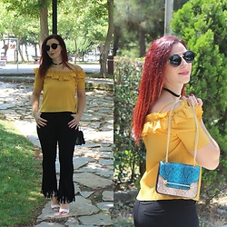 Rebel Takipte - Gamiss Yellow Shirt, Lovelywholesale Snake Print Bag, Lovelywholesale Round Frame Sunglasses, Ami Club Wear Cream Shoes - Snake Prints