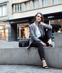 Nera K - Zara Jacket, Dosenbach Sandals, Gucci Bag - Oh hello there