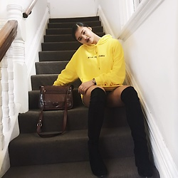 Danielle Sanz - Sushi Radio Made In Heaven, Sportsgirl High Knee Boots - Yellow Sweater ?