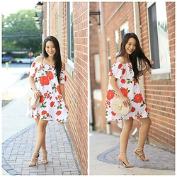 Kimberly Kong - Asos Off Shoulder Floral Mini - Find of the Day:  The Off Shoulder Floral Mini