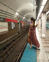 Iris Wojtowicz - Target Summer Dress, Mossimo Black Shoes, Coach Leather Belt - Lost my train of thought