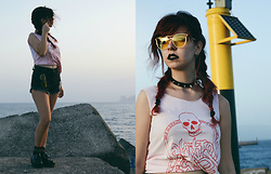Verónica MG - Zaful Yellow Sunglasses, Rosegal Pink Skull Tank Top - Pink summer