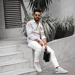 Khalil Alaoui - Shirt, Guylook Jean, Wilsvegan Bag, Shoes - Flower shirt