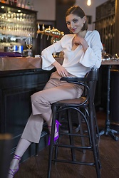 Elle de Strasbourg - Ted Baker White Top, Long Bell Sleeves, Cos Culotte Pants, Sam Edelman Pink Pumps - RELAXED AND CHIC ON A DATE