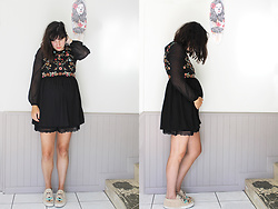 Appelle-moi Mrs CoOp3r - Solfie Baskets, Zara Robe, Asos Short - Belle association