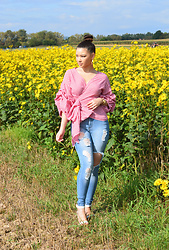 Raspberry Jam - Fashion Nova Red Gingham Top, Fashion Nova Ripped Jeans, Gojane Strapped Sandals - Red Gingham Top with Ripped Jeans