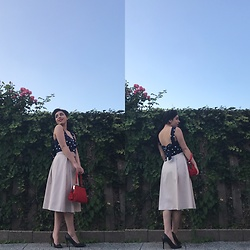 Jane - Zara Top, Zara Red Bag, Zara Midi Skirt, H&M Pumps - Pin up