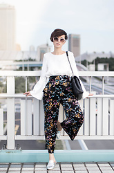 Eea Ikeda - G.U. Floral Pants, Zara White Shirt, Miumiu Sunglasses, Saint Laurent College Bag - Dark Florals