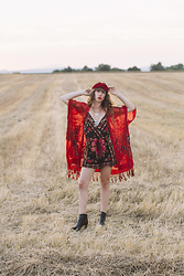 Alexe Bec - I'm With The Band Headband, Doll Poupée Kimono, Band Of Gypsies Jumpsuit, Myma Heels - Summer Road Trip: sunset in Valensole