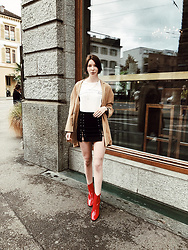 BEHINDHERMASK - Topshop Red Boots - Street chic & statment boots