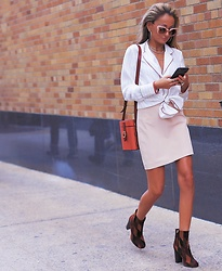 Lauren Recchia - Frame Blouse, Milly Skirt, Prada Booties, Fendi Sunglasses, Officina Del Poggio Bag - Fall Tones