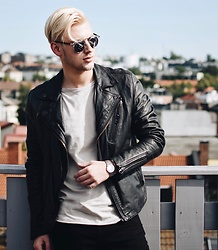Piotr Ryterski - Christian Dior Sunglasses, Longines Watch - Moves ?? (ig itspiotr)