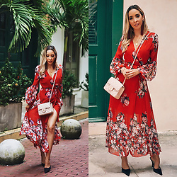 Maria De La Cruz - Haute & Rebellious Red Floral Midi Dress, Haute & Rebellious Maroon Tassel Earrings, Chanel Crossbody Bag, Banana Republic Black Mules - TRANSITIONING SEASONS WITH A MIDI FLORAL DRESS