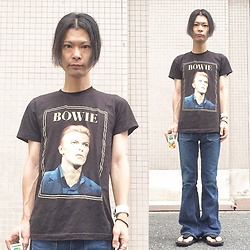 @KiD - Dabid Bowie David, Big Jhon Bell Bottom, Jojo Japanese Classic Sandal, Funk Plus White Bracelet - Japanese Trash197