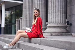 Sarah F -  - Little red dress