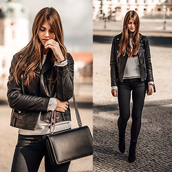 Jacky - Lee Jeans -  Autumn Essentials: black boots and leather jacket