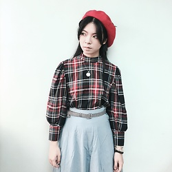 Fannyhyy - Bershka Checked Top, Dottori Vintage Blue Skirt, Handmade Hat - Latest icon ?