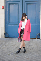 Nikita Wong - Idano Pink Coat - Pink coat and Parisian Doors