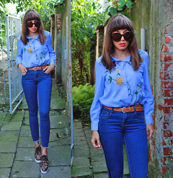 Jointy&Croissanty © - Fashion71 Jeans, Fashion71 Shoes - Leopard prints and embroidery