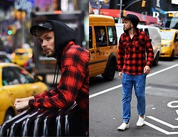 Lukasz Podlinski - Reserved Shirt, Reserved Pants, Reserved Shoes - NYC style