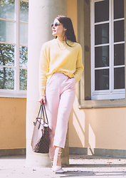 Stefanie -  - Pink & yellow for fall